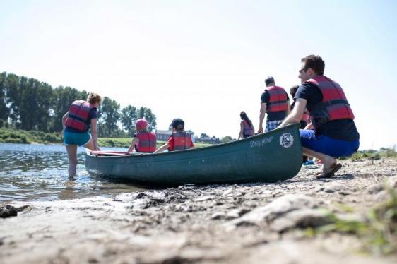 Photo Kanu fahren auf der Maas